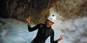 canyon beginners, canyon family, canyoning holidays, outdoor activitie Guillestre, beginner canyon